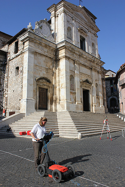 GPR survey data collection in Piazza Santa Maria, Segni