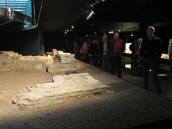 Explore Roman London - amphitheatre